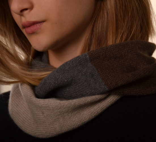 Color Blocked Neck Warmer